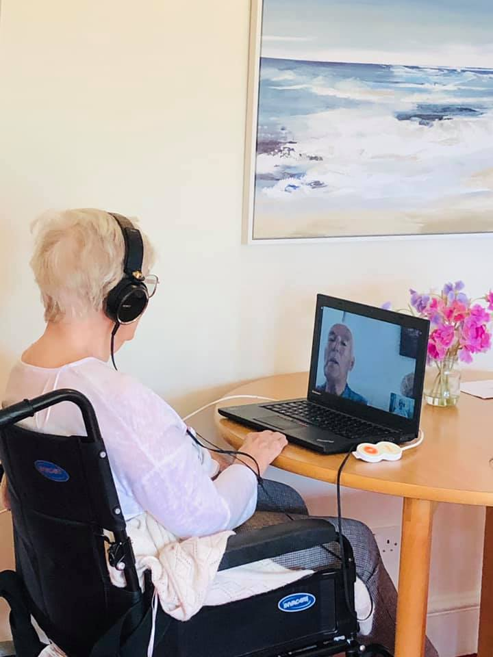 Staying connected | Country Lodge Nursing Home in West Sussex