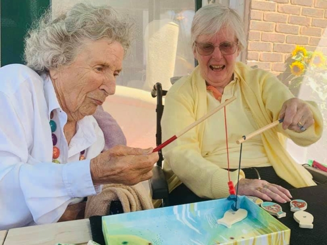 Sunshine fun | Country Lodge Nursing Home in West Sussex