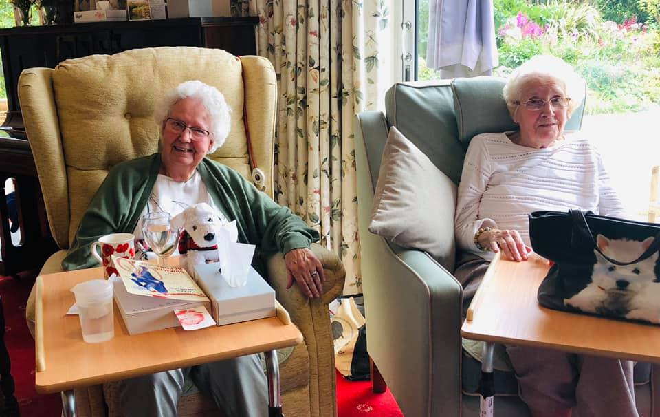 Tea party fun | Country Lodge Nursing Home in West Sussex