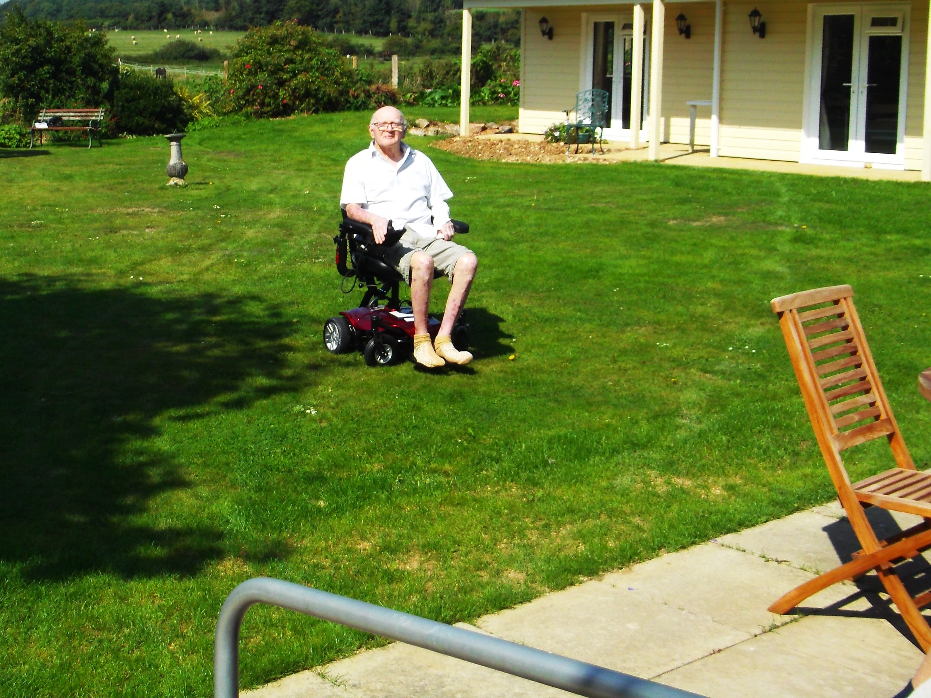 blue skies at country lodge nursing home worthing care home