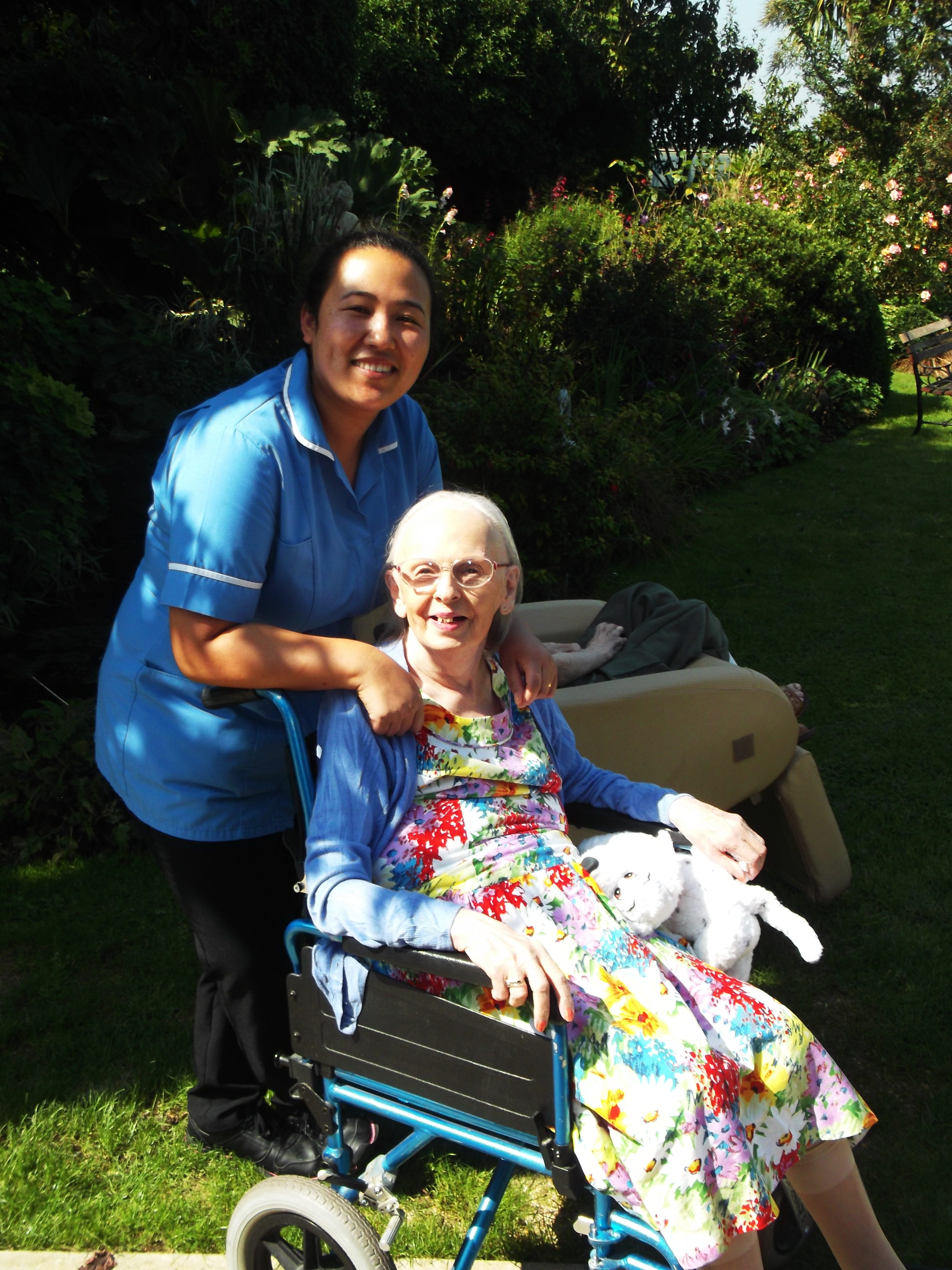 care homes in west sussex